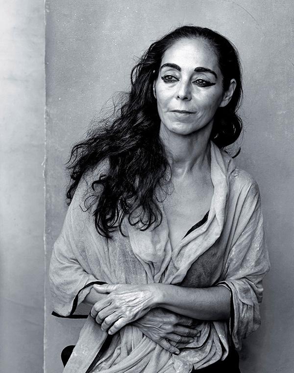 PERSIAN SECRETS, Shirin Neshat, Annie Leibovitz, Pirelli Calendar